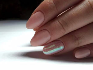 manicure-hybrydowy-2