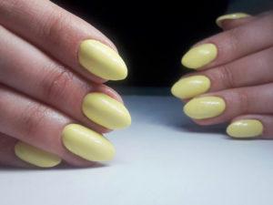 paznokcie-zelowe-przedluzone-na-formie-2